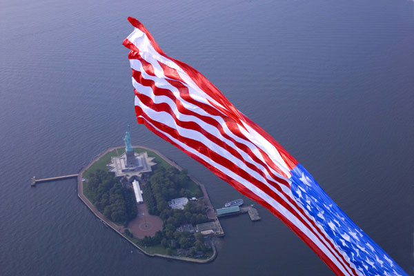 american flag show, charity show, veteran event, patriotic event, charity skydive, american flag, flag show, 9/11