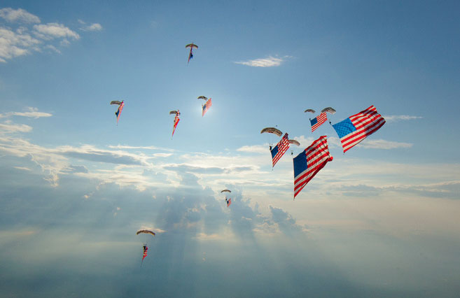 Skydivers to Perform Flag Day Jump at Independence Hall