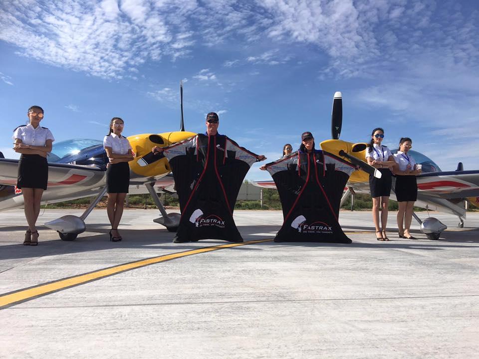 air show, wingsuit, skydive