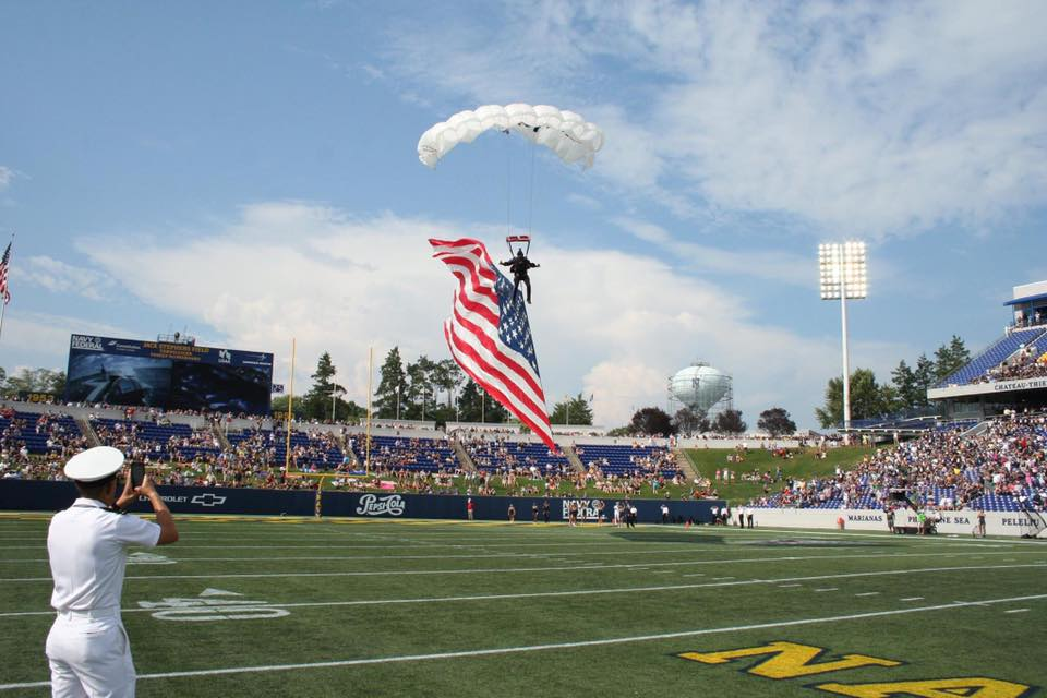 Team Fastrax™ to Perform Patriotic Skydive at Navy Football Game